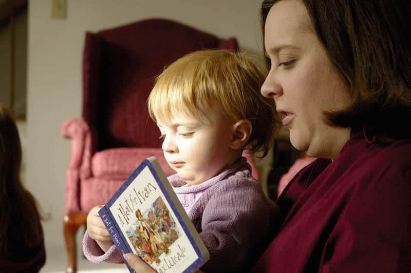 Moms Reads To Anna. Talk.Read.Sing. It Changes Everything. First Five California.