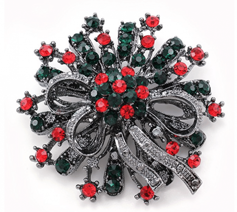 Christmas Brooch - a thing of beauty for any outfit.