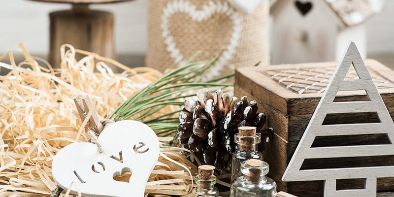 16 of the Best Christmas Diffuser Blends