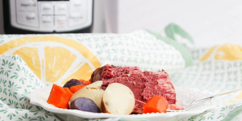 How to Cook a Corned Beef in the Instant Pot – Corned Beef and Cabbage Recipe