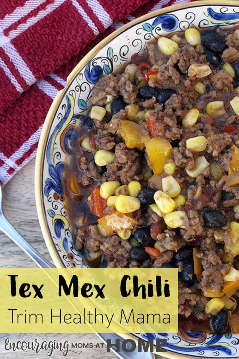 This THM Tex Mex Chili recipe has the flavor you want for chili but with a mexican fajita type of spin on it. The great thing about this recipe is that it can be made as an S or an E meal. #THM